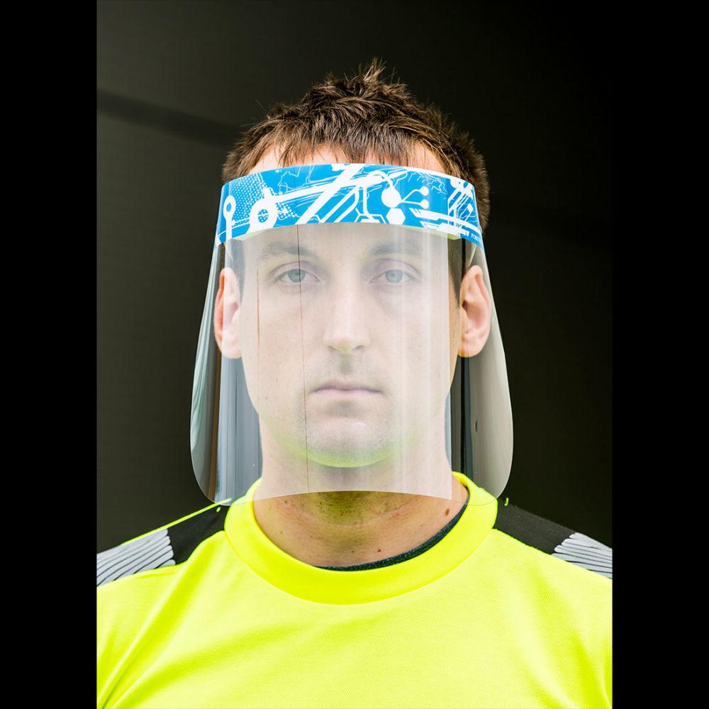 CV16 – Pantalla facial de APET 300 micras con parte superior de esponja (Pack de 100)  Incoloro